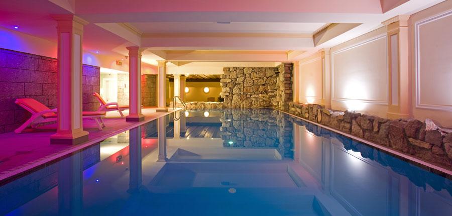 Austria_St-Anton_Sporthotel_st-Anton_pool.jpg